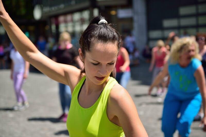 IMG: flashmob on the street